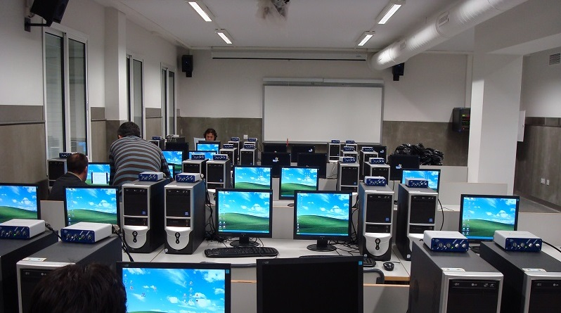 bg-centros-docentes